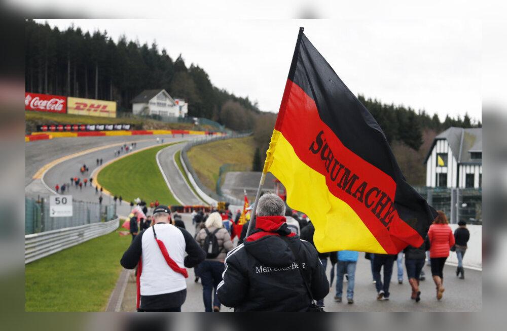 Schumacheri fännid toetust avaldamas