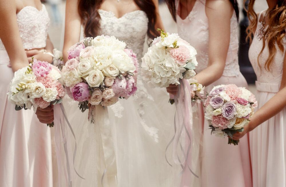 Kindla peale minek: rõivavalikud, mis sobivad iga stiiliga pulma