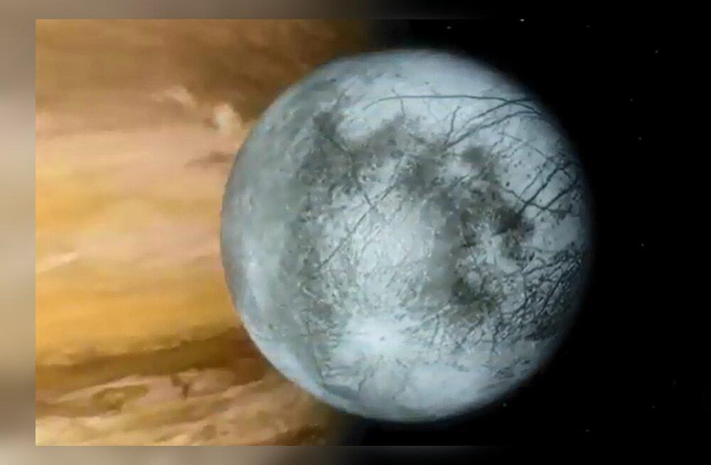 Tuleb välja, et ka Jupiteri kuul Europa liiguvad maakoores laamad?