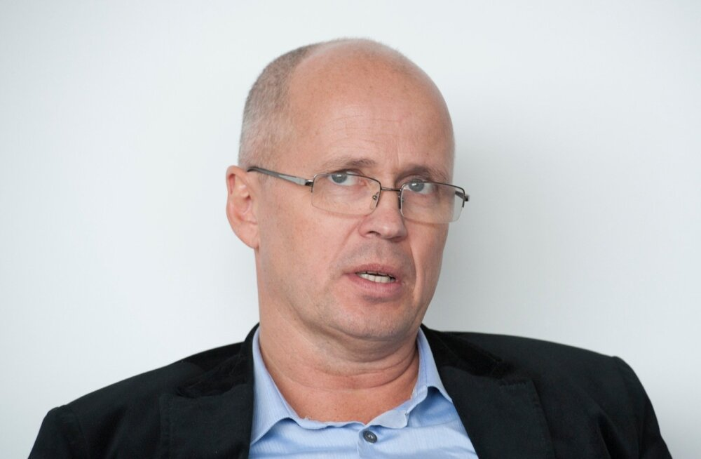 Kapo viis ärimees Aivar Tuulbergi tema kinnistu läbiotsimiseks helikopteriga Ruhnule?