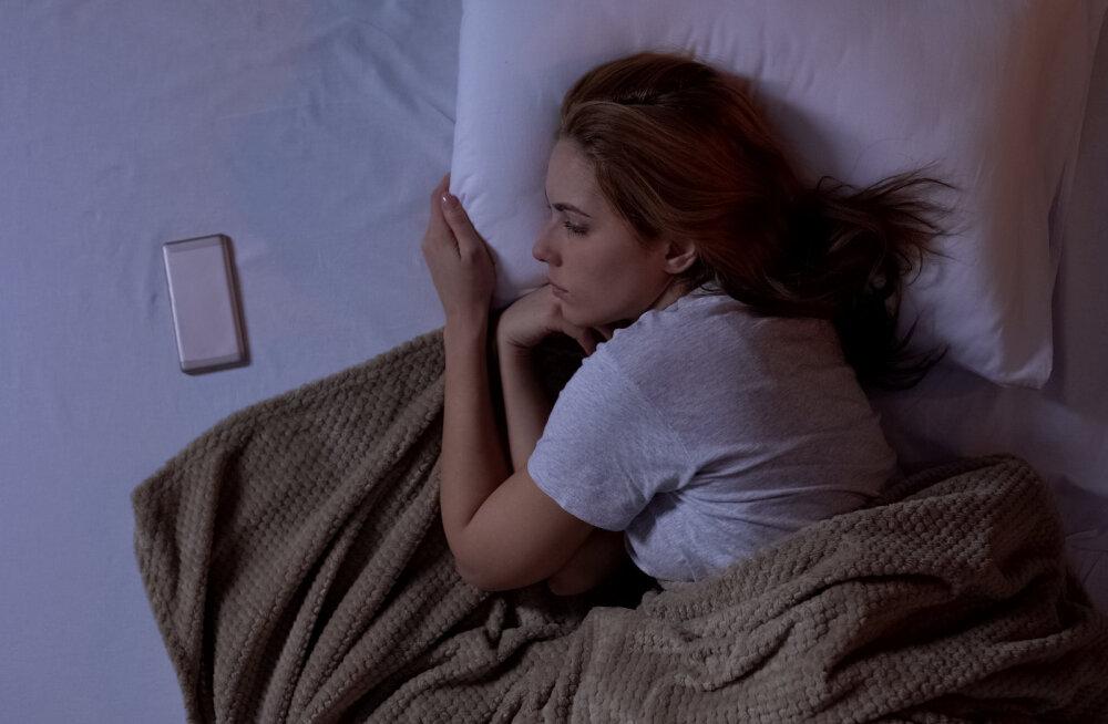 Nutad öösiti patja ega mõista, miks sa nii üksik oled? Psühholoog tuleb appi