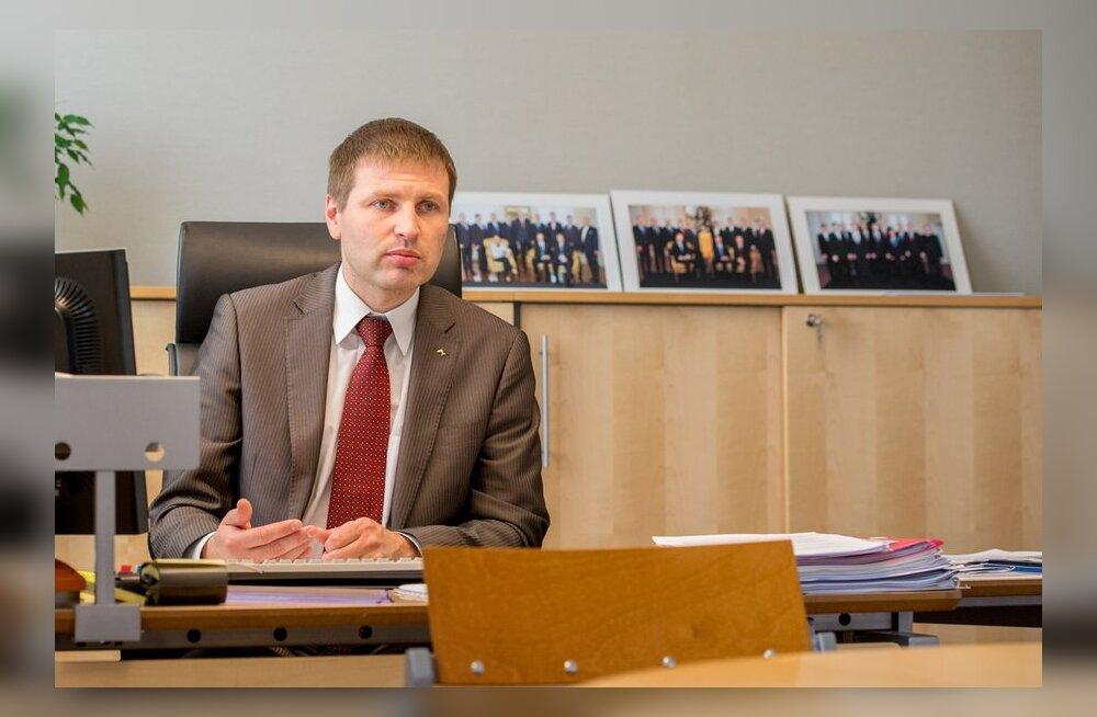 Hanno Pevkur: pole reaalne, et meedikute palgad tõusevad rohkem kui kogu riigisektoris tervikuna
