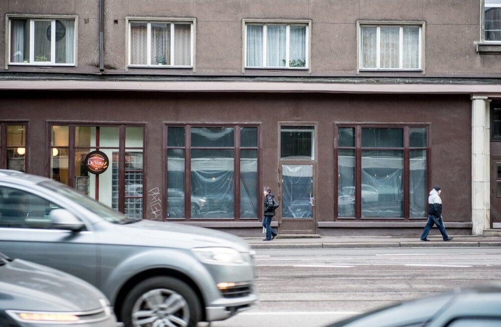 Narva maantee 6 äripind ootab jäjekordset rentnikku.