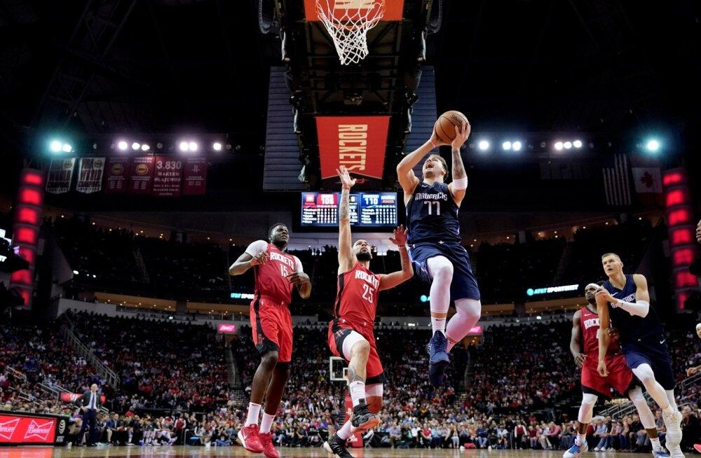 Luka Doncic (palliga) oli Houston Rocketsi mängijate jaoks liiga osav.