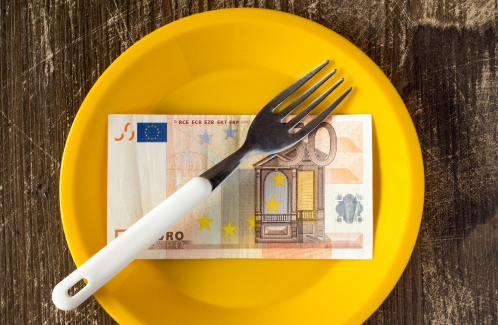 Näpud põhjas? Need 5 nippi aitavad sul toiduvalmistamisel raha kokku hoida