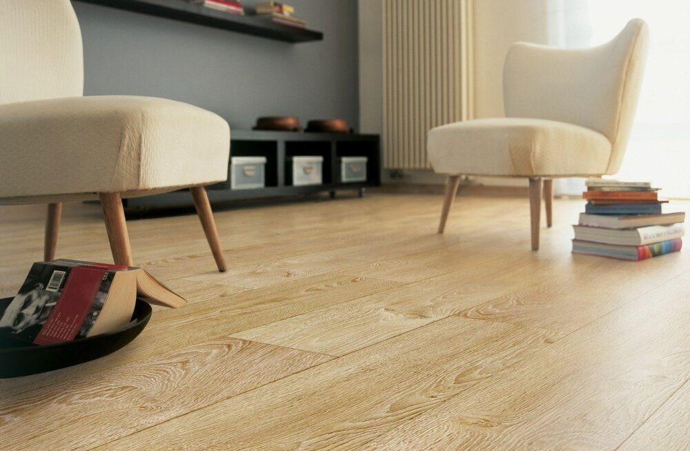 Laminaatpõranda eelis on suurem kulumiskindlus ja survetugevus.