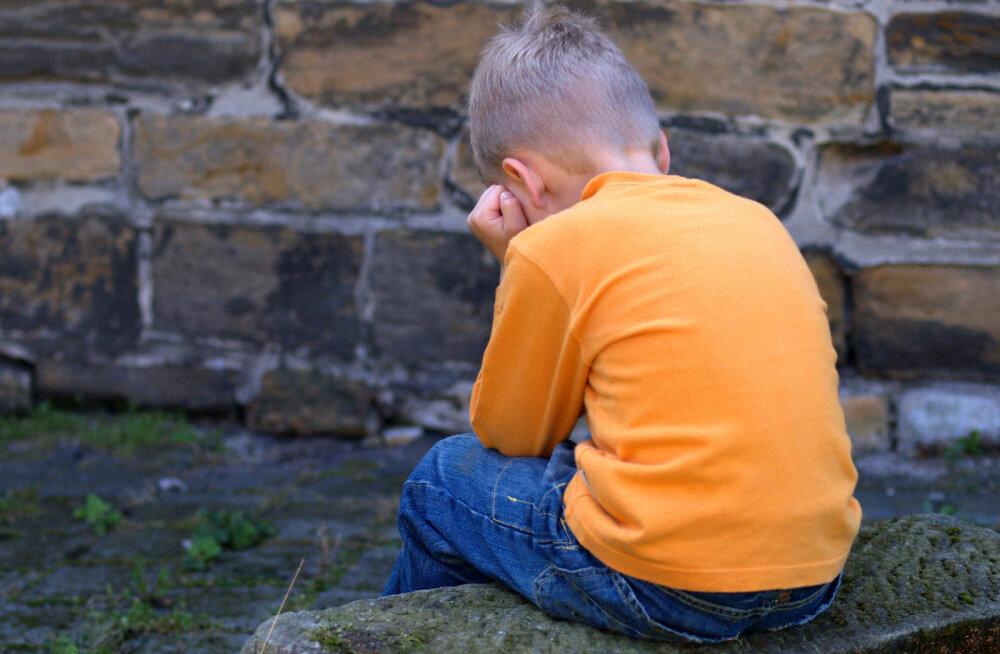 Saaremaa lasteaias last löönud lasteaiaõpetajaga katkestati tööleping
