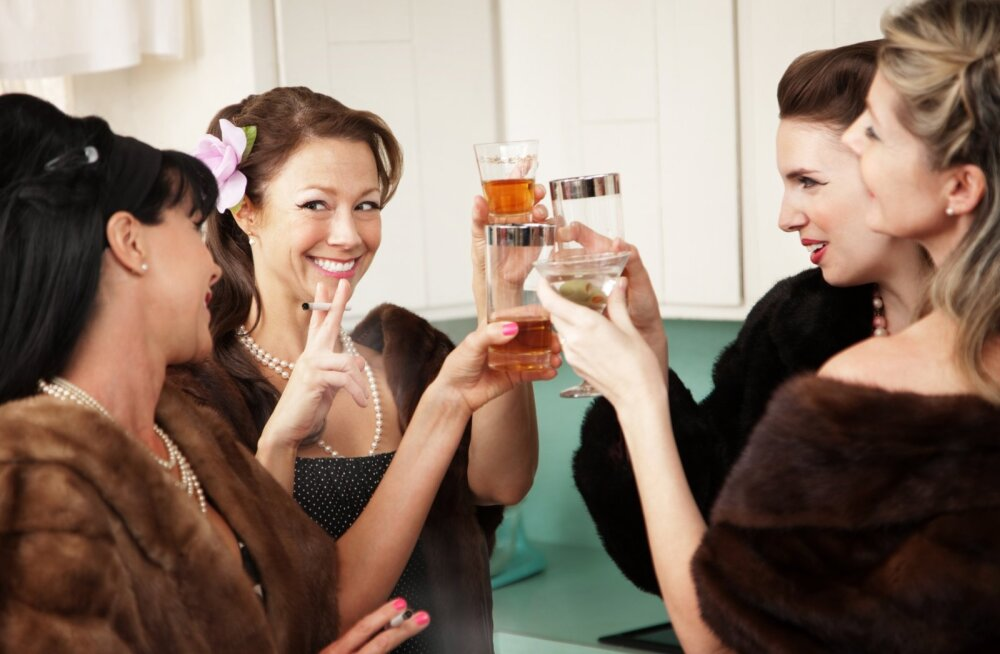 Seitse põhjust, miks naised truuduse murdmises meestest palju osavamad on