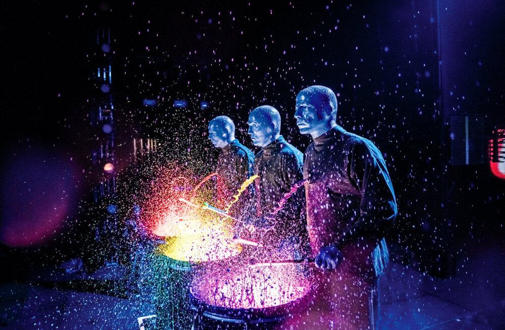 Blue Man Group toob järgmisel aastal oma fenomenaalsed kogupereetendused esmakordselt Eestisse