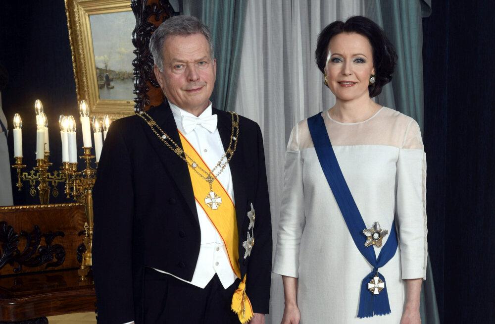 FOTOD   TOP 5 kõige põnevamat ja glamuursemat kleiti Soome vabariigi aastapäeva vastuvõtult