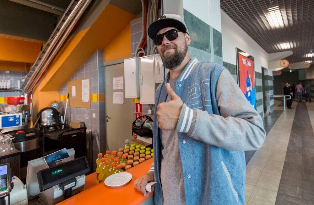 Eesti korvpalli fännid Riias 2015.09.05