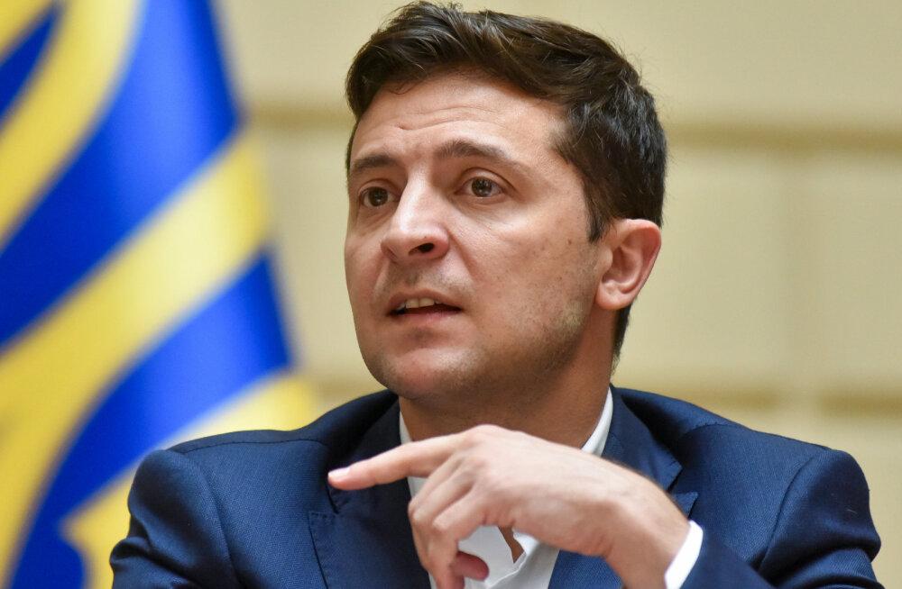 """Зеленский заявил, что у вопроса с """"Северным потоком — 2"""" есть только одно решение"""