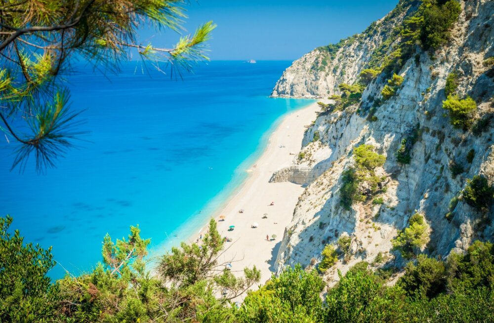 Туристы попытались вывезти 10 тонн песка с итальянских пляжей