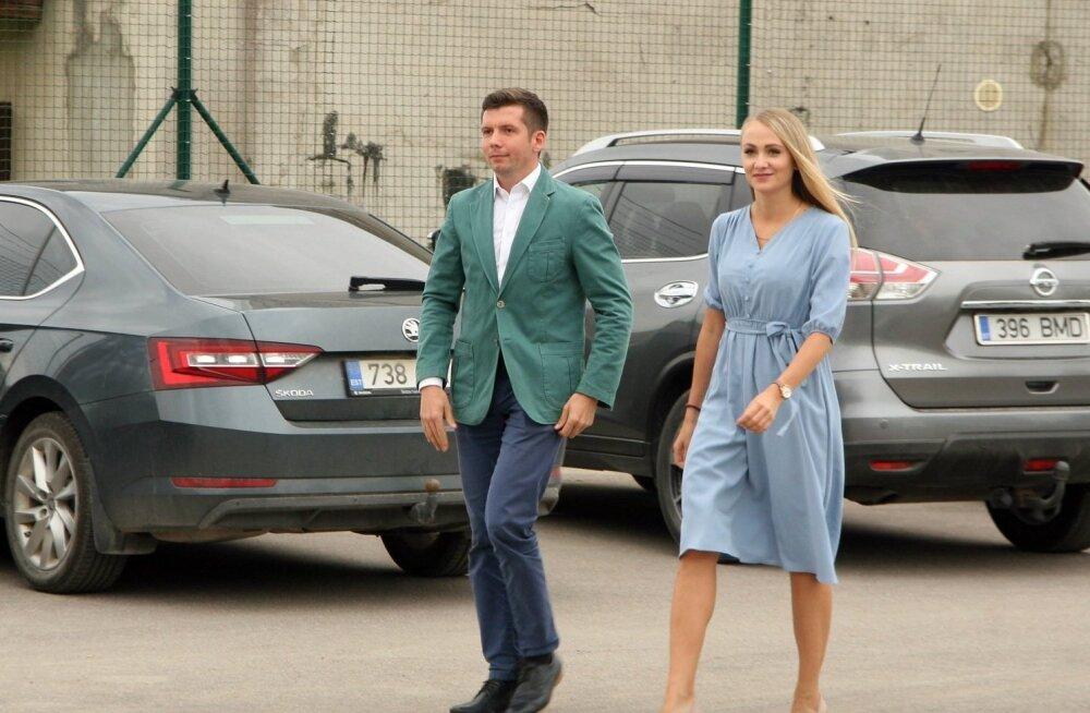 Екатерина Васильева ждет ребенка от Мартина Репинского?