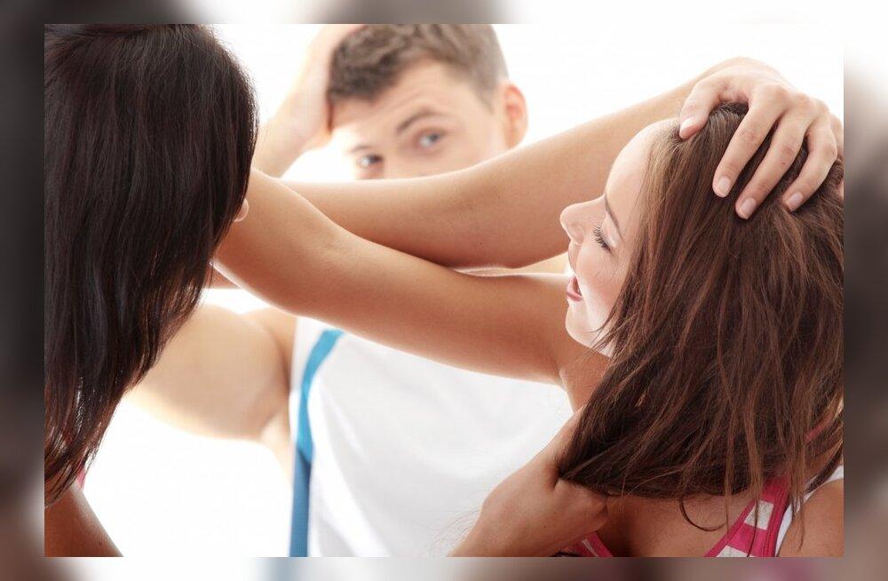 Mida MITTE teha, kui avastad, et mees petab sind