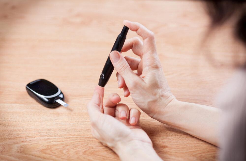 Ole tähelepanelik! Märgid, mis näitavad, et su veresuhkru tase võib olla liiga kõrge