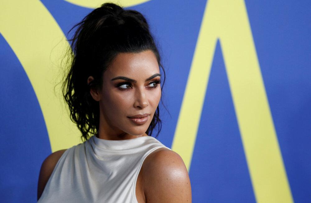 Kardashianide ilumeeskond paljastab tõsielustaaride jume saladuse ja selle saavutamine on lihtsam, kui võiks arvata