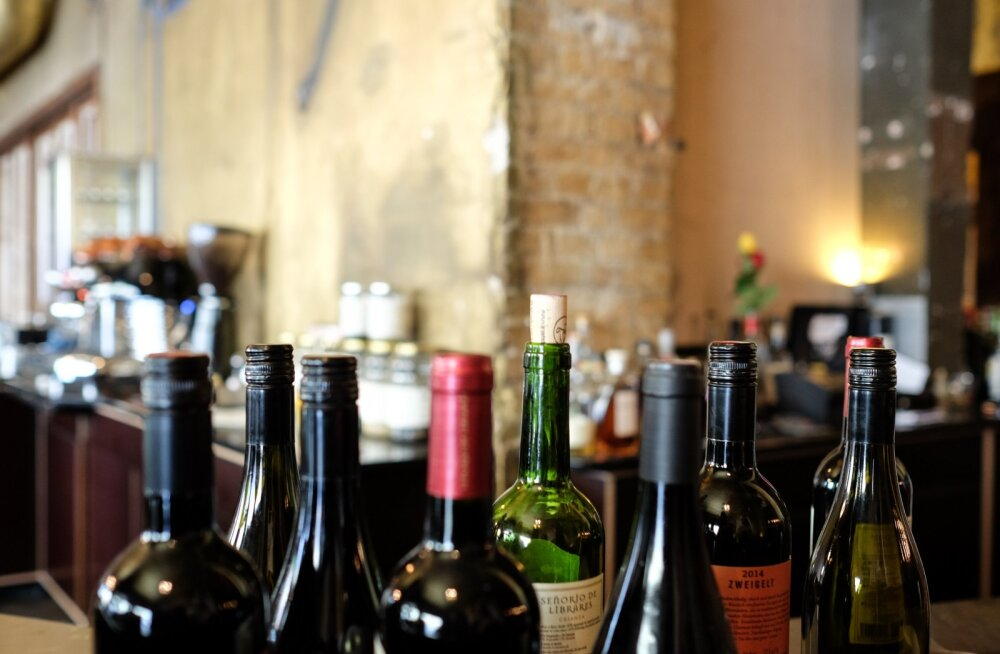 Что делать с вином, которое вам надарили на праздники: 5 идей