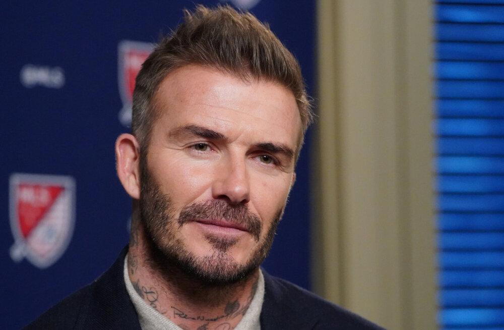 Vaid mõned päevad tagasi silmnähtavalt kiilanenud David Beckham sai juuksed tagasi