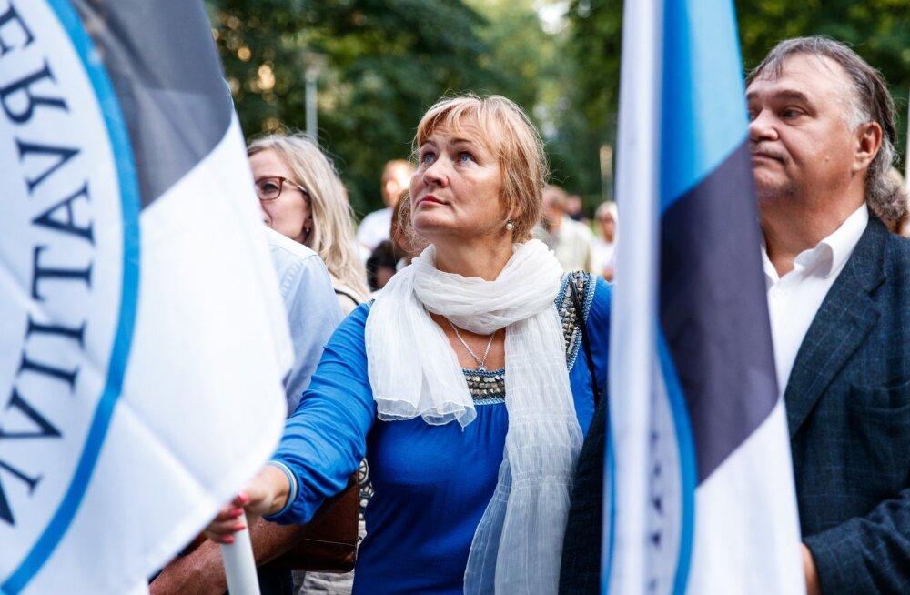 EKRE sai endale magusa ametikoha: Pärnu linnavolikogu aseesimeheks valiti Helle Kullerkupp