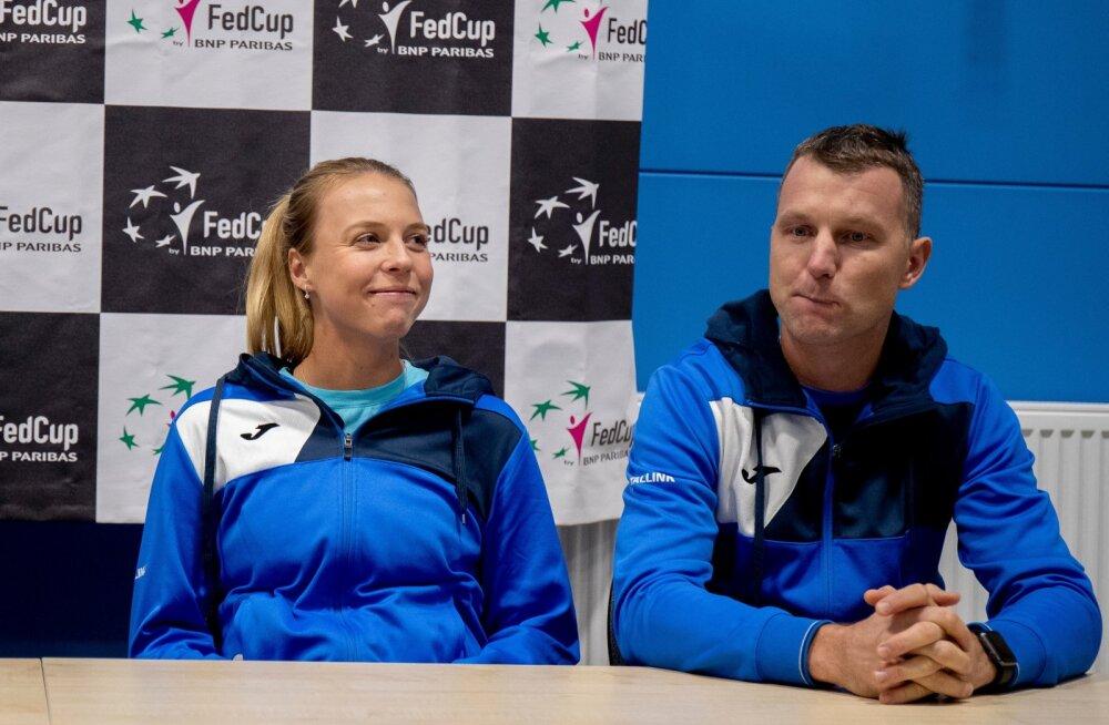 Märten Tamla (paremal) pani Kaia Kanepi tennisenaiskonnast väljajätmisega Anett Kontaveiti õlule topeltkoormuse.
