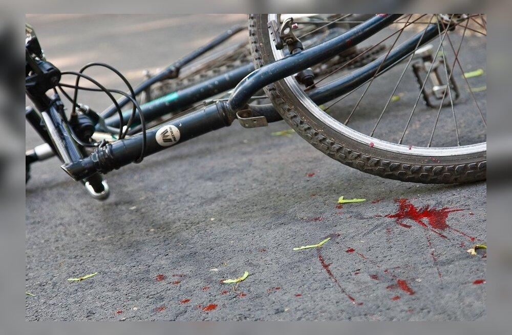 Hooletud jalgratturid põhjustasid liiklusõnnetusi