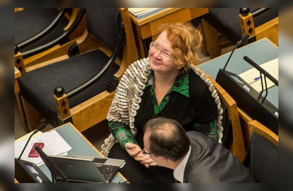 """Vaba nädalavahetus! Riigikogu jõudis ööistungiga """"varakult"""" ühele poole"""
