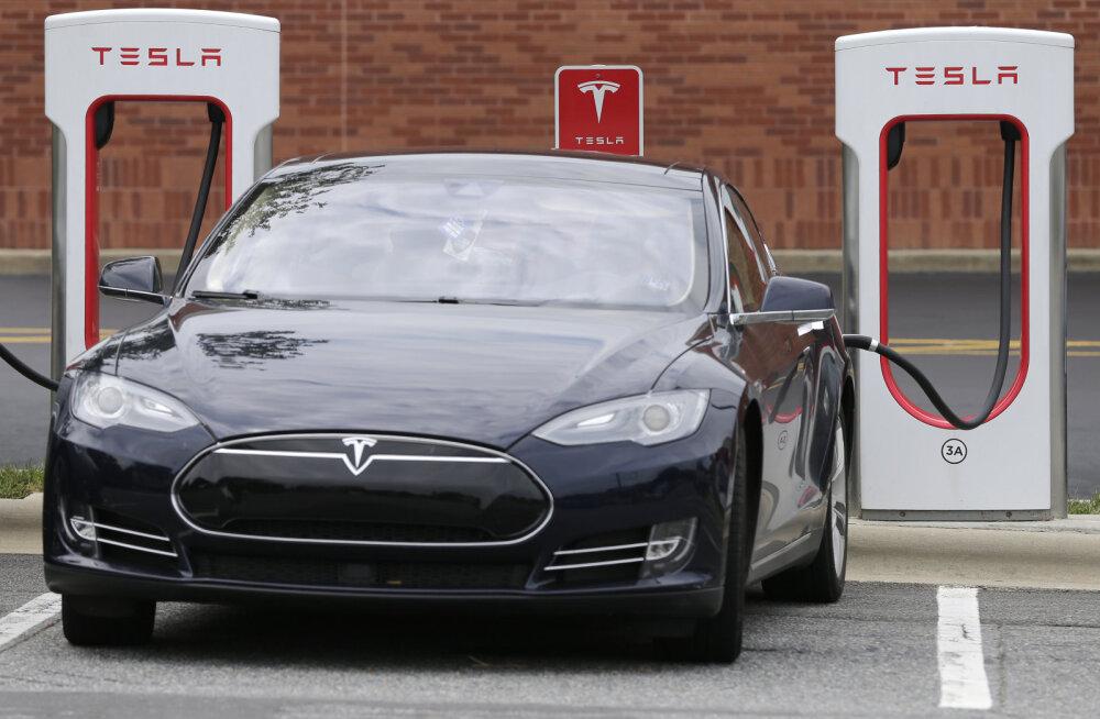 Ümberpöörd: elektriautodelembese Norra valitsus tahab nüüd hoopis nn Tesla-maksu kehtestada