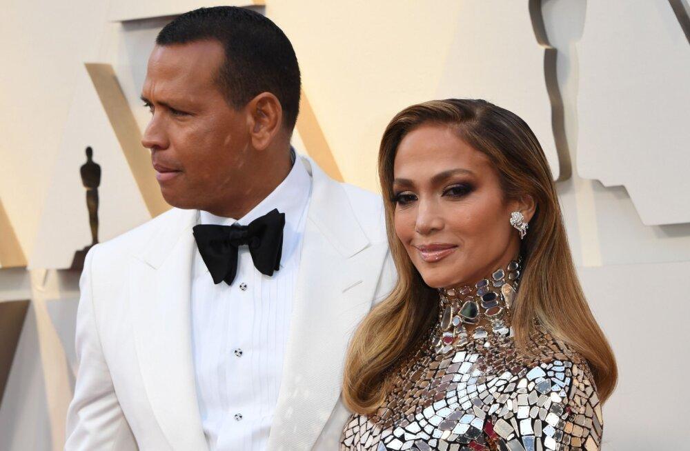Süütu Instagrami foto võib Jennifer Lopezile maksma minna 150 000 dollarit