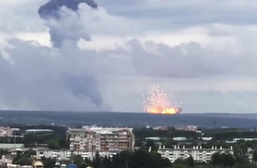 """Venemaa Krasnojarski laskemoonaladu süttis tõenäoliselt """"eksimuse"""" tõttu"""