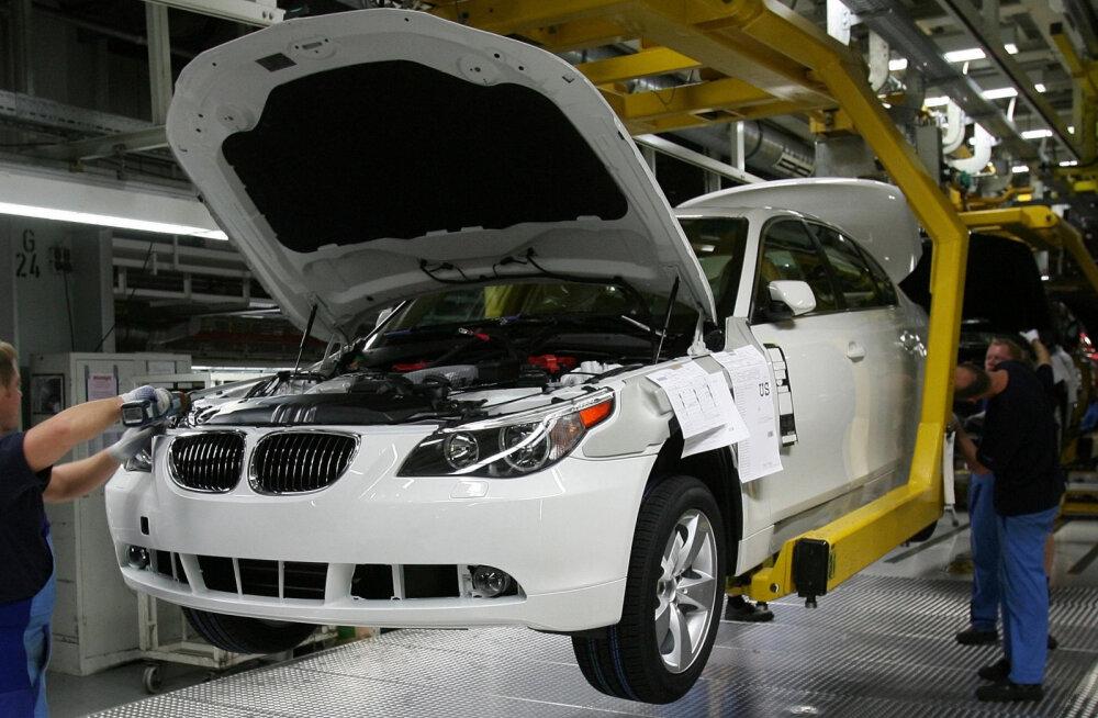 Saksa autotööstusel uus mure: VW, Daimler ja BMW said kahtlustuse terasekartellis