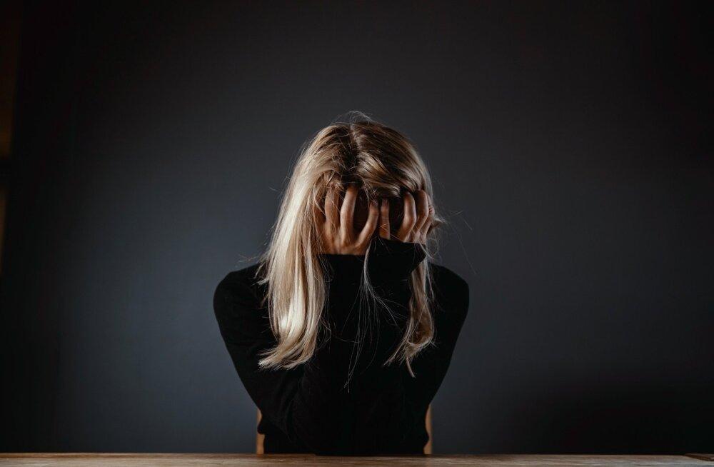 Viimastel aastakümnetel sagenenud tööstressi, depressiooni ja töise läbipõlemise põhjus on tihti kohustus ettevõttele jäägitult pühenduda.