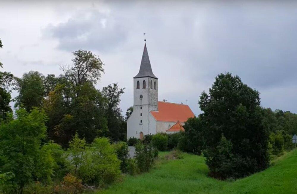 ВИДЕО   Блогер рассказал о самом бедном регионе Эстонии — острове Хийумаа