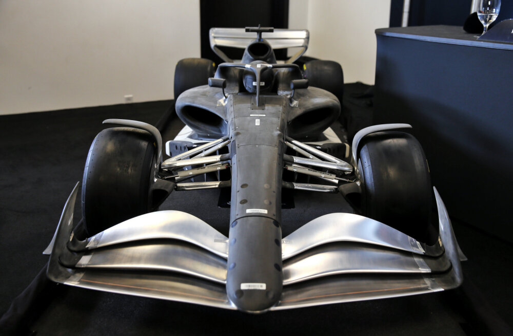 Uued reeglid viivad F1 autod kiiruse poolest 2016. aastasse tagasi