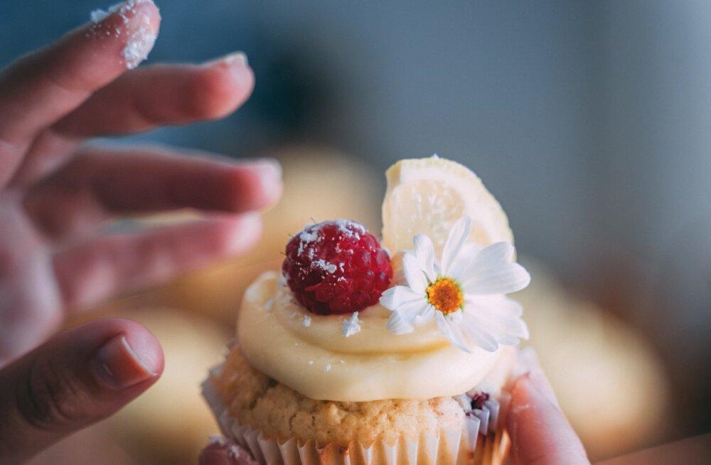 """Поправляетесь от """"одного взгляда"""" на торт? Эстонский нутрициолог объясняет, в чем может быть причина"""