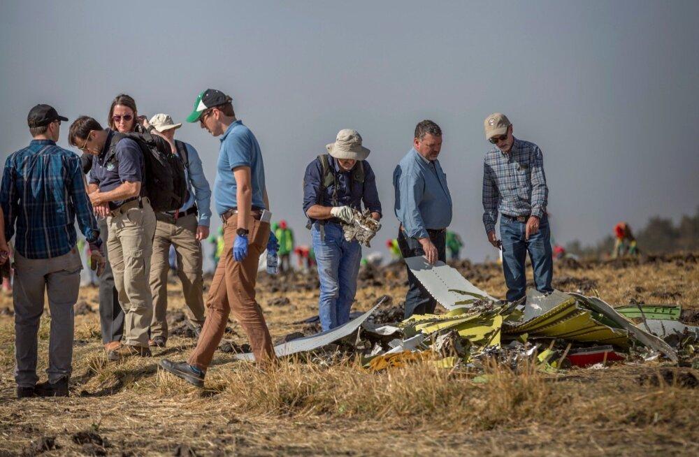 Erinevate riikide uurijad Etioopia lennuõnnetuse toimumiskohas