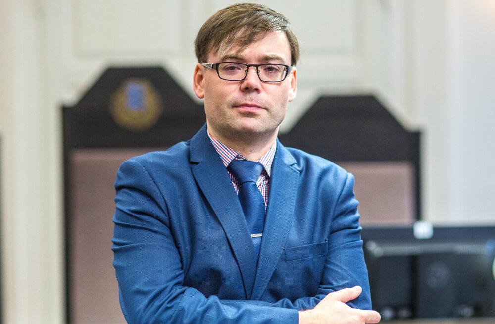 MEIE MAA   Rainer Amur: prokuröriamet on põnev kui malemäng