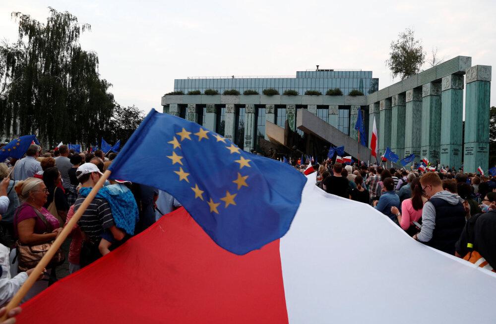 Euroopa Kohus: Poola rikub kohtunikke varem pensionile saates EL-i reegleid
