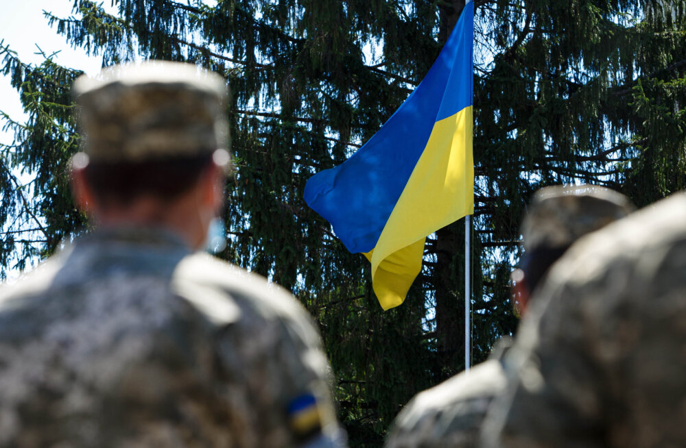 Сенаторы США предложили ежегодно выделять Украине по 300 млн долларов военной помощи