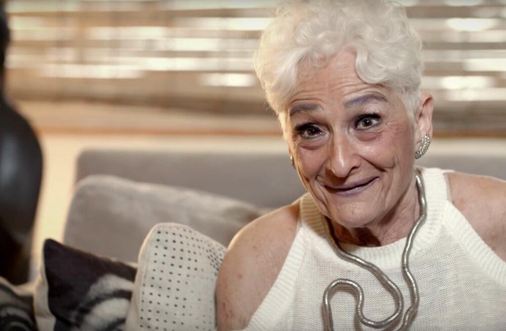 Tinderi-vanaemaks nimetatud 83-aastane naine otsustas õnne tänavatele otsima minna: olen tõesti ihaldusväärne