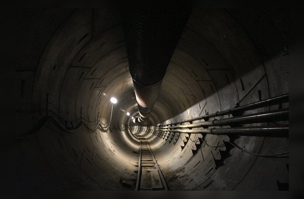 Elon Musk jagas esimest pilti The Boring Company poolt Los Angelesi alla kaevatud tunnelist