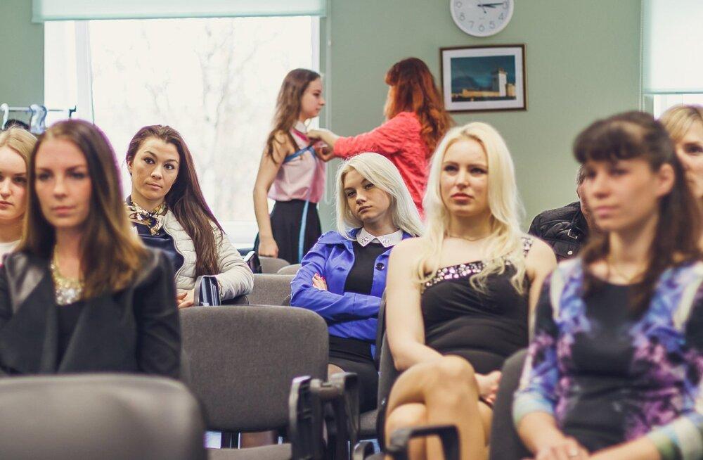 """ФОТО: Команда конкурса """"Мисс Нарва-2015"""" обсудила подготовку к финалу"""