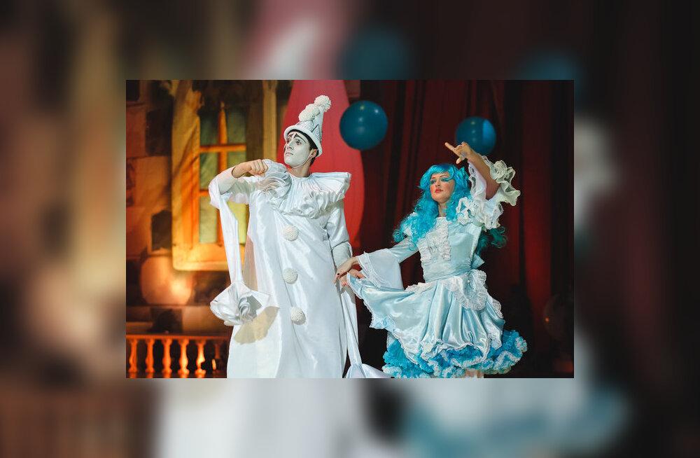 """Uus kogupere show """"Buratino jääl"""" paneb tuntud muinasjututegelased uiskudele"""