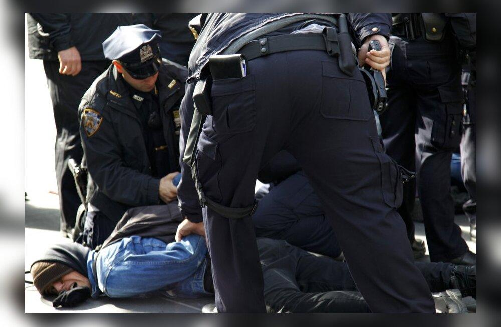 New Yorgi linnapea: Occupy Wall Streeti laagris toimuvad seksuaalrünnakud