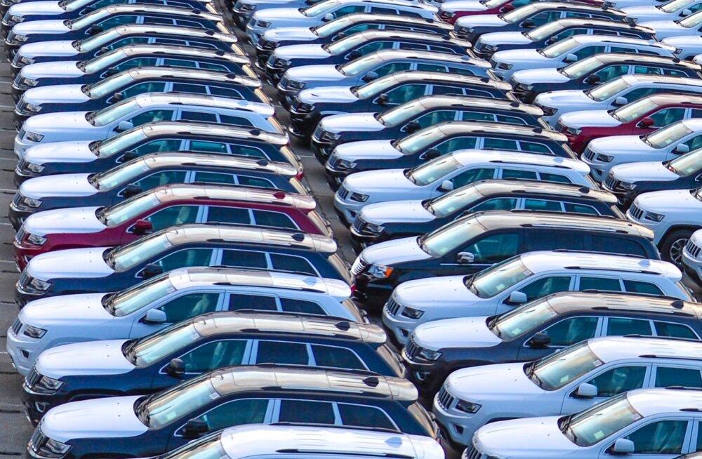Uued sõiduautod Paldiski sadamas