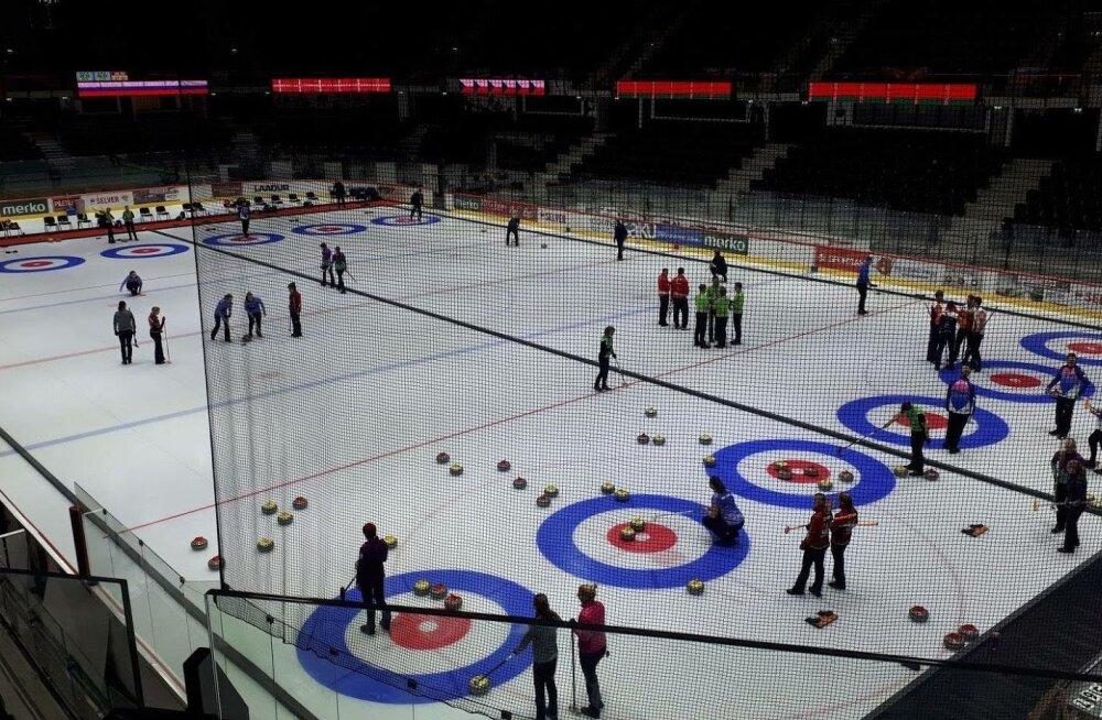 Tondiraba jäähall curlinguareen