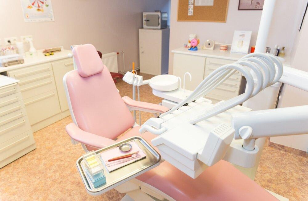 Hambaarst Külli Antalainen