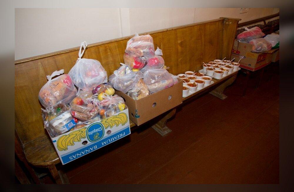 VIDEO: Oleviste kogudus palub kodutute jõulupeole tuua sööki ja jooki