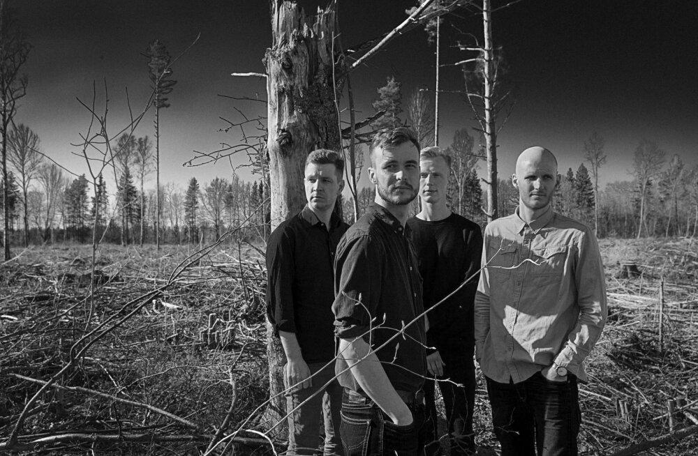 """KUULA: Miljardid avaldasid uue singli """"Vilkuvad kollased"""": see on mulje meie linnastuvast ühiskonnast"""