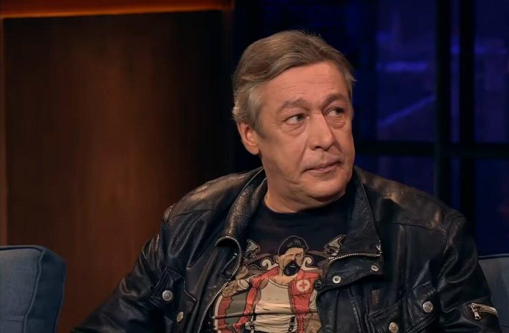 Новый адвокат Ефремова просит смягчить наказание, потому что прежний адвокат был плох